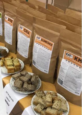 9 chlebových směsí EAT-fit za cenu 8 + 9 ks instantního droždí jako dárek zdarma